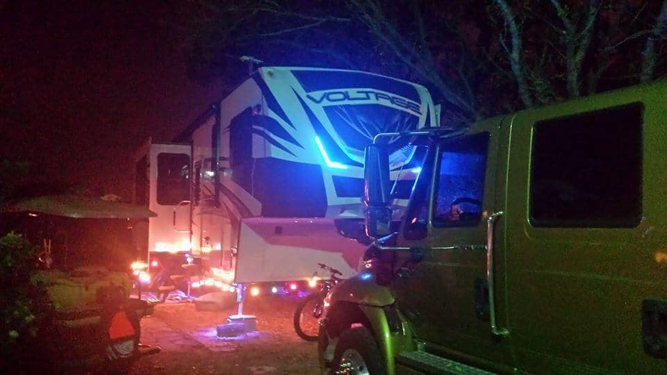 toyhauler rv christmas lights